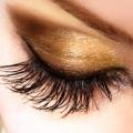 Bimatoprost na glaukom a dlouhé řasy